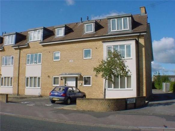 2 Bedroom Apartment For Sale In Ridgemount Gardens
