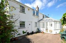 3 bedroom Cottage in Wellington Square...