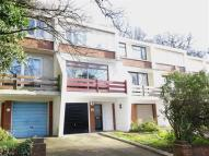 3 bedroom property in Highland Road, Bromley