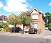Flat in Highland Road, Bromley