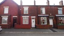 2 bed Terraced house in Church Road...