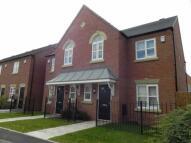 3 bedroom semi detached property to rent in Horninglow Road...