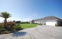 4 bedroom Detached Bungalow in Coverack...