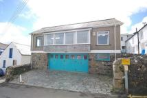 3 bed Detached home in Coverack...