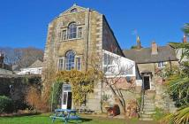 5 bed Terraced property for sale in Cross Street, Helston...