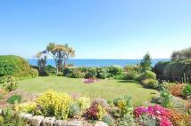 Apartment for sale in Falmouth Seafront...