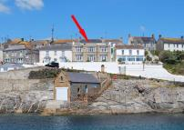 4 bed semi detached home in Porthleven, Cornwall...