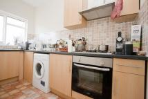 2 bed Flat to rent in Church Hill Road...