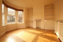 2 bed Cottage in Middle Road, East Barnet...