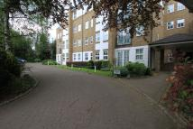 Oakleigh Park North Flat to rent
