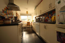 2 bed Flat in Warwick Road, New Barnet...