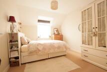 2 bed Apartment to rent in ELLAND CLOSE, Barnet, EN5