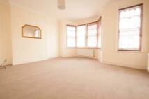 2 bedroom Flat in Windsor Road, London, N13