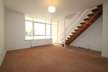 2 bedroom Terraced property to rent in Woodside Lane, London...