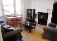 Flat to rent in Wakeman road Kensal Rise...