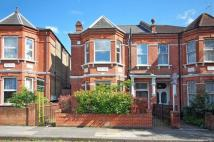 4 bed house in Ebbsfleet Road...