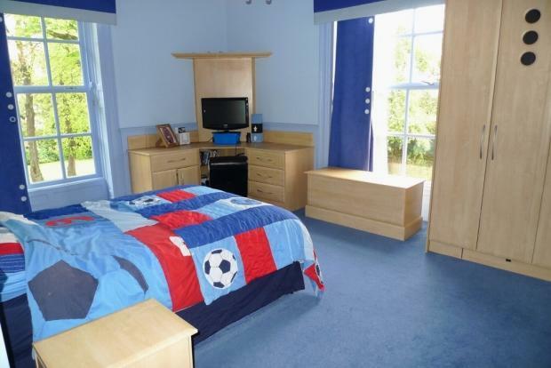 Bedroom 4 Image 2