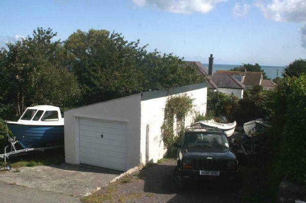 Garage/Sea View
