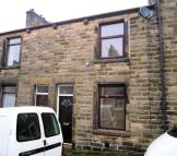 Terraced house to rent in 13 Vincent Street...