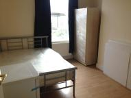 Flat Share in Percy Road, London, W12