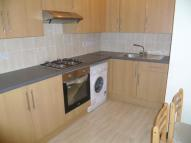Flat to rent in Goldhawk Road, London...
