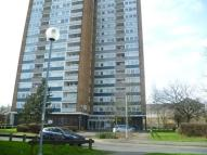 Apartment to rent in Garsmouth Way, Watford...