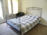 1 bedroom Flat in Manor Road, Twickenham...