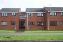 Flat to rent in Hope Farm Road...