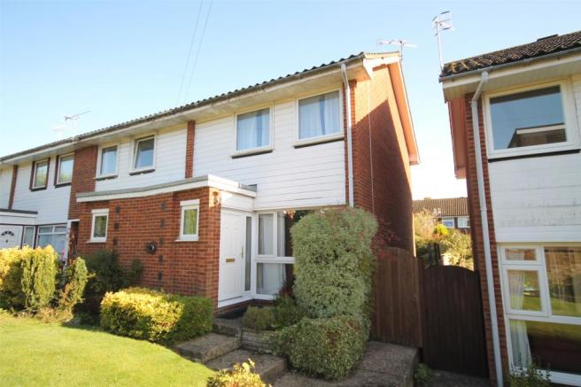 2 Bedroom End Of Terrace House To Rent In Home Park Oxted RH8
