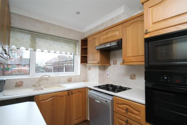 3 Bedroom Semi Detached House To Rent In Home Park Oxted Surrey RH8