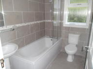 Ground Flat to rent in Woodmill, Kilwinning...