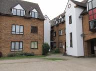 2 bedroom Flat in Bidwell Close...