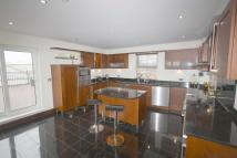 Flat to rent in Forge Way...