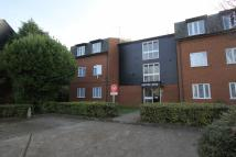 Flat to rent in Bowbank Close...