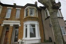2 bedroom Flat in Stanley Road...