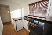 Ground Flat to rent in Mildred Street...