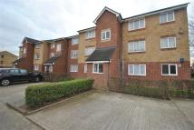 Flat in Honey Close, Dagenham