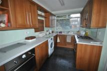 3 bed house to rent in Auckland Road, Ilford