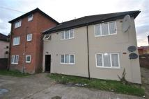 1 bed Flat to rent in Hicks Court...