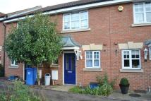2 bed property to rent in Wroxham Way, Hainault