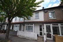 2 bedroom Terraced house in Byron Road, London