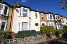 Apartment to rent in Malvern Road, London