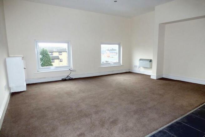 Living Area (Flat B)