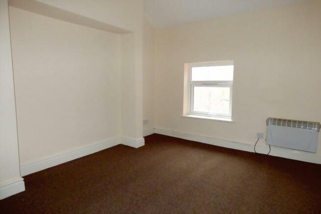 Bedroom (Flat B)