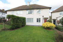 2 bed Maisonette in Rosebery Close, Morden...