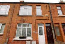 1 bed Ground Flat for sale in Washington Road...
