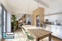 Apartment to rent in Bridge Mews...