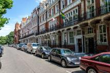 Apartment to rent in Kensington Court, London...