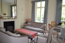 2 bed Apartment to rent in Kensington Square...
