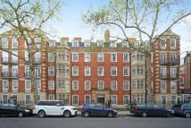 Apartment in Coleherne Court...
